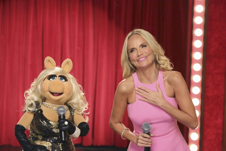 """THE MUPPETS""- MISS PIGGY, KRISTIN CHENOWETH.  JOYCE KIM LEE, COSTUME DESIGNER."