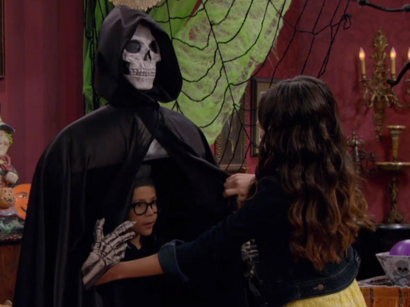 haunted-hathaways-prankie-frankie-flipbook-image-4
